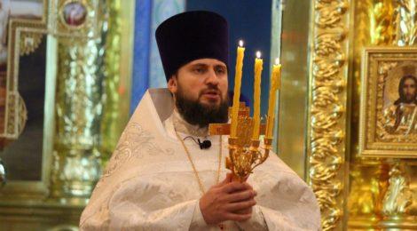 В Волгодонском кафедральном соборе прошли Пасхальные богослужения